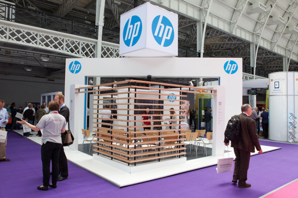 Exhibition Stand Fitter Jobs London : Hp sits 2015 exhibition stand gold winner 2015 london design awards